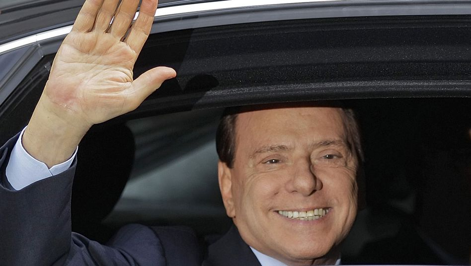 Former Italian prime minister Silvio Berlusconi on Saturday. He plans to make a political comeback despite ongoing legal problems.