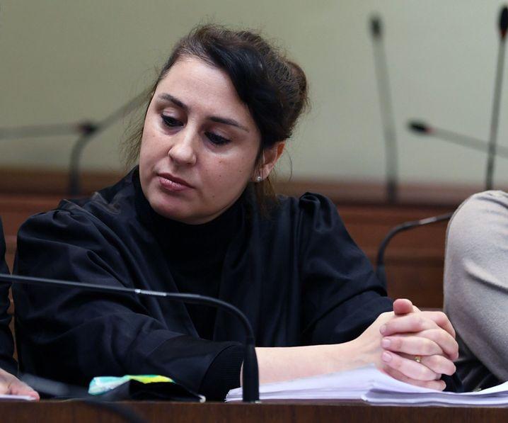 Die Anwältin Seda Basay-Yildiz vor Gericht (Archivbild)