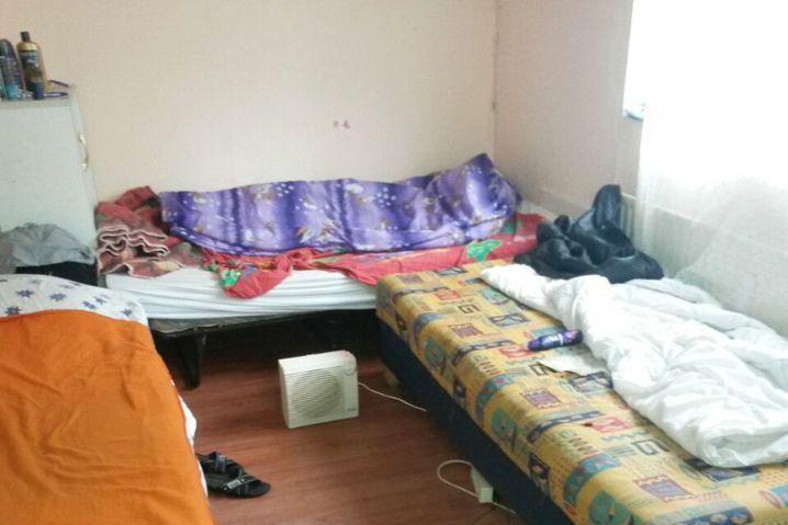 Matratzenlager von Arbeitsmigranten in Hamburg-Wilhelmsburg