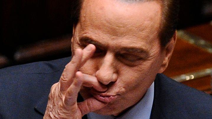 Italien in der Krise: Berlusconi kämpft um sein Amt
