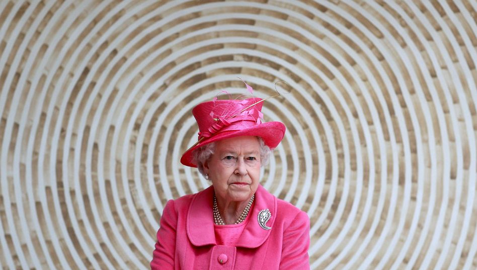 """Elizabeth II.: """"Meine Familie und ich unterstützen Harry und Meghans Wunsch, sich ein neues Leben als junge Familie aufzubauen"""""""