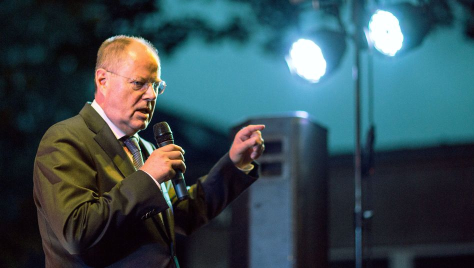 "SPD-Kanzlerkandidat Steinbrück im Wahlkampf: ""Lauter"""