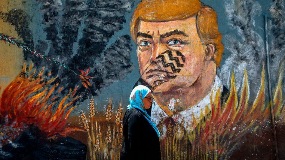 """Anti-Trump-Graffiti in Gaza: """"Wir brauchen das Treffen in Bahrain nicht"""""""