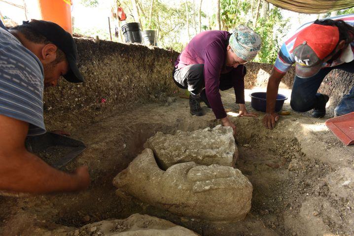 Ausgrabungen in Aguada Fénix