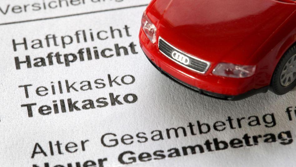 Kfz-Versicherung: Besondere Tarife für klamme Autofahrer geplant