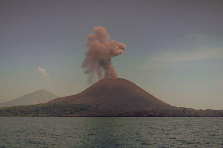 Der Anak Krakatau am 19. Juli 2018