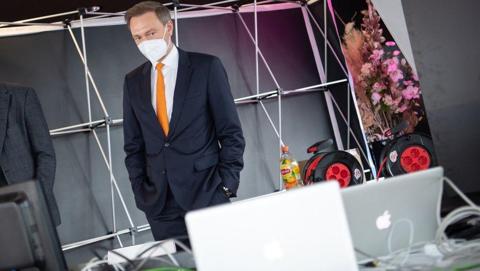 FDP-Chef Christian Lindner: »Die alleinige Orientierung an den Zahlen 35 oder 50 wird dem Pandemiegeschehen nicht gerecht«