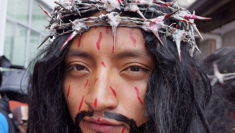 Ostern in Quito: Qual und Freude