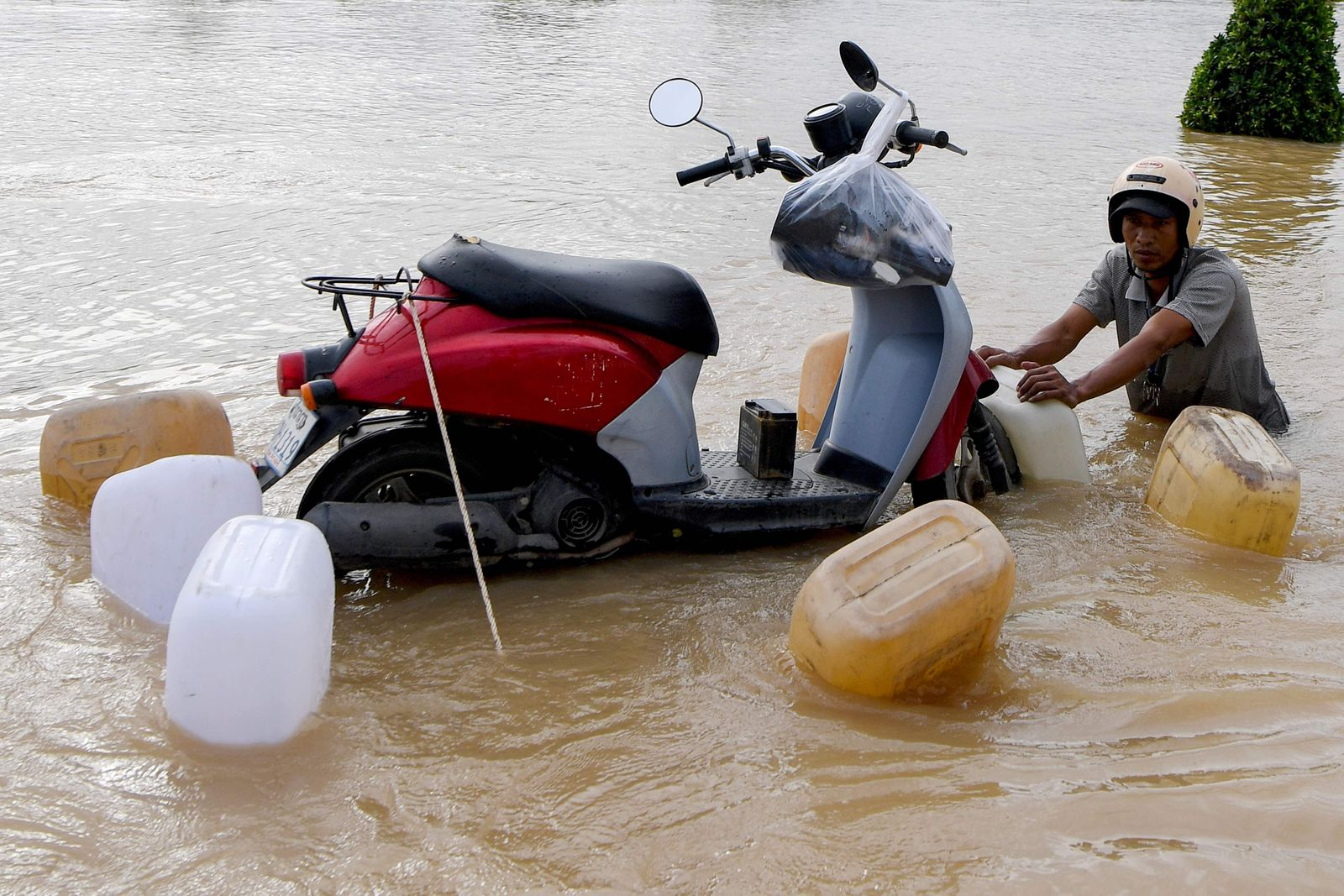 CAMBODIA-WEATHER-FLOOD