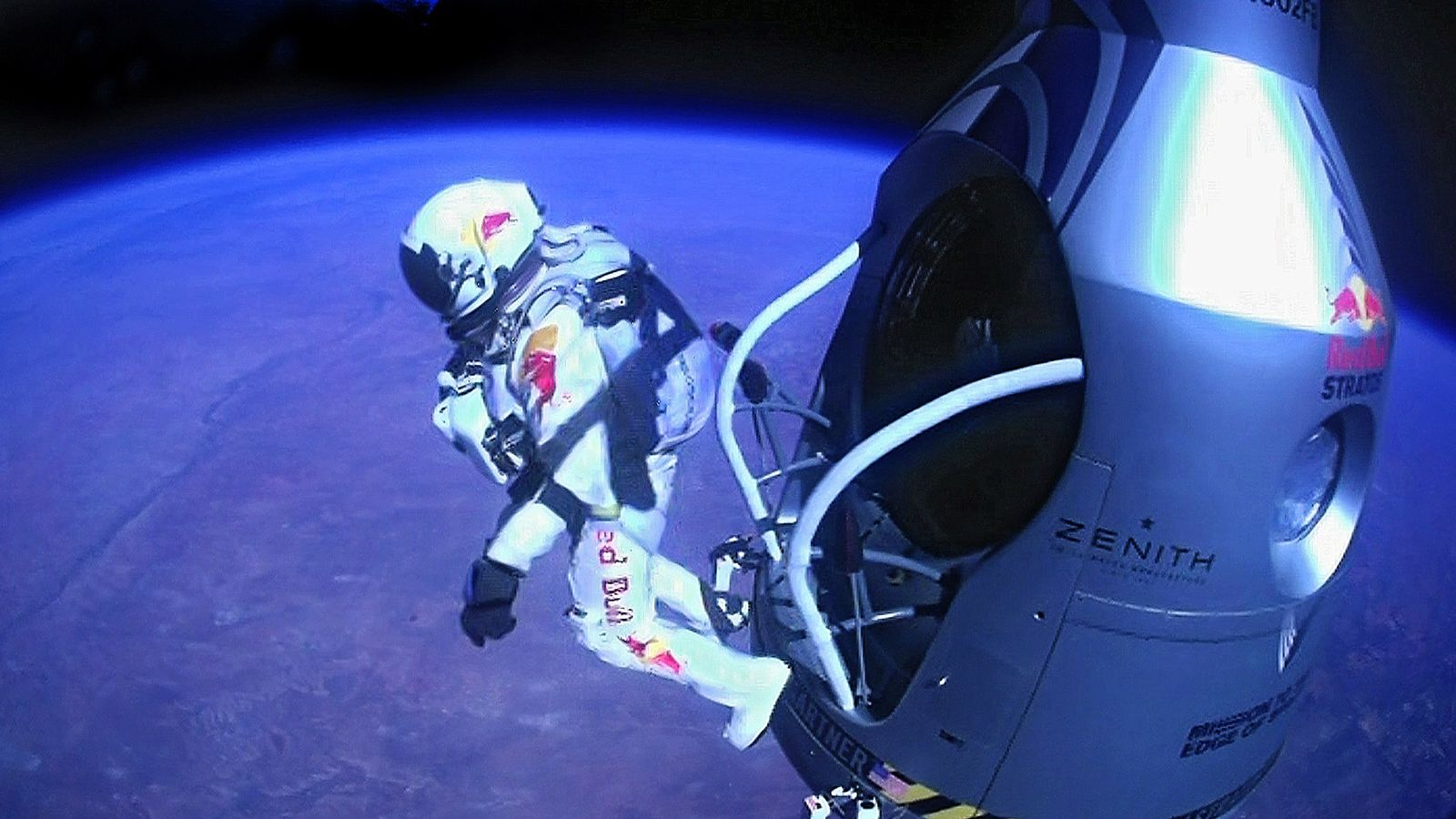 USA-SPACE/SKYDIVE