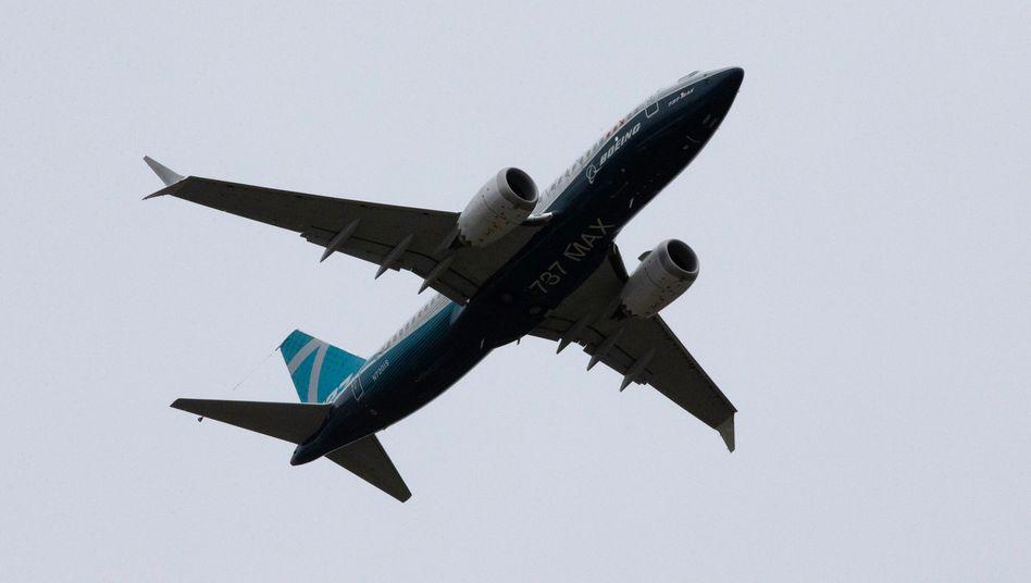 Krisen-Flugzeug Boeing 737 Max beim ersten Testflug zur Neuzertifizierung - von Seattle nach Moses Lake