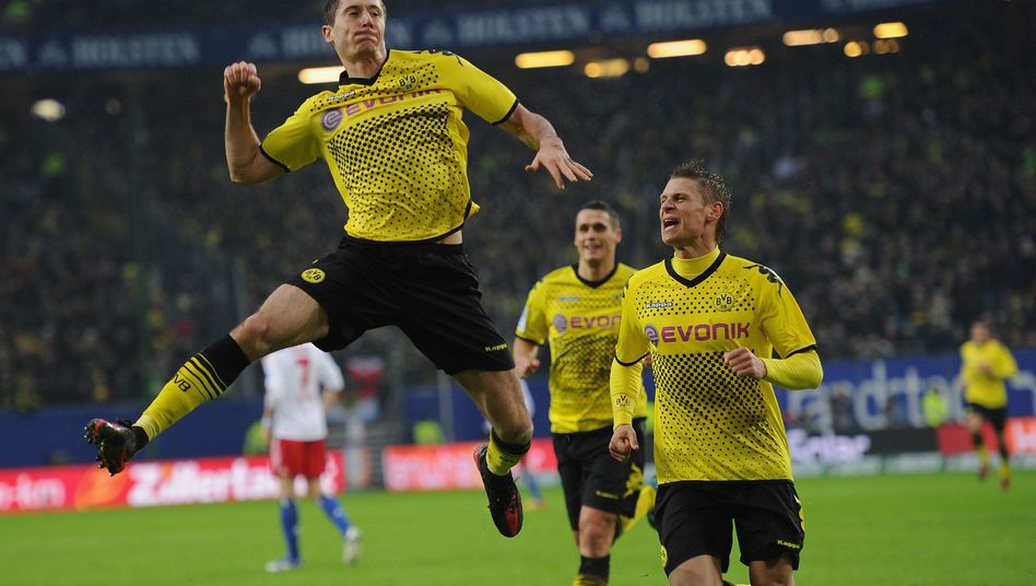 BVB-Stürmer Lewandowski (l.): Bundesliga-Zugpferd in Polen