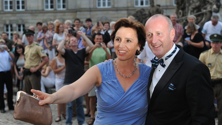 Hubert Haderthauer (r.) mit Ehefrau Christine (Archivbild): Neuer Rechtsstreit