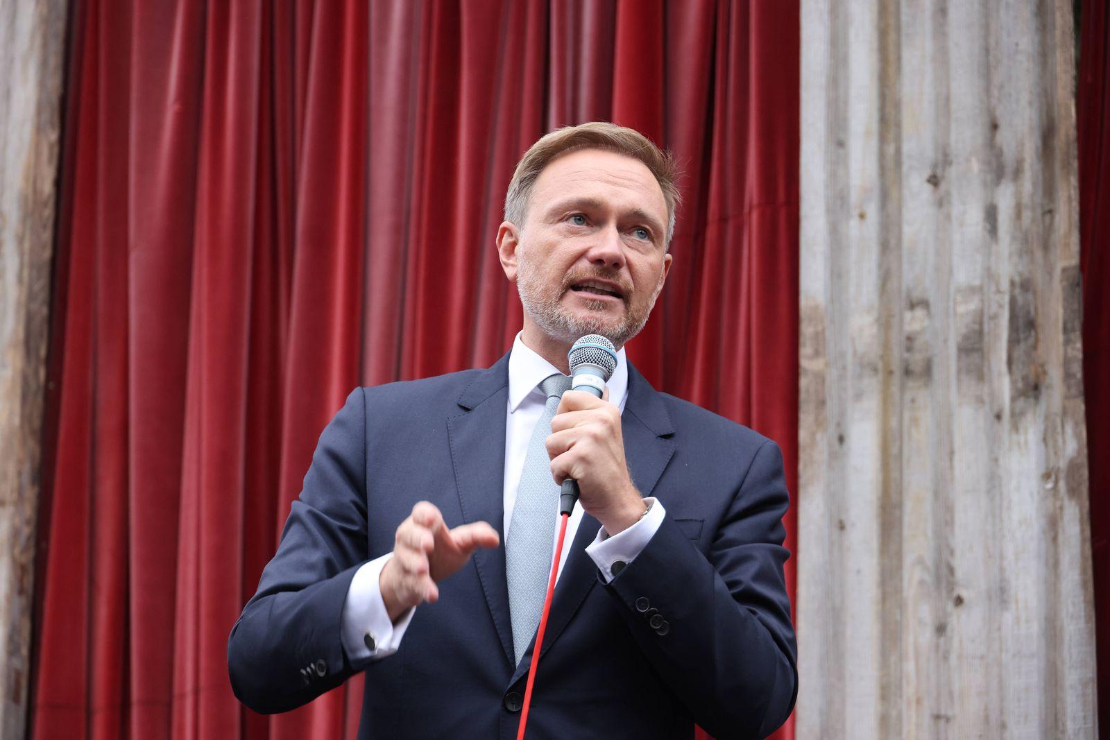 FDP Lindner 19.09.2021, Germany, Berlin, Monbijou Theater FDP Vorsitzender CHristian Lindner auf einer Wahlkampfveransta
