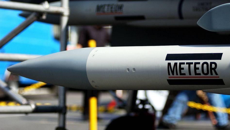 Luft-Luft-Rakete Meteor an einem Eurofighter: Lieferung nach Indien