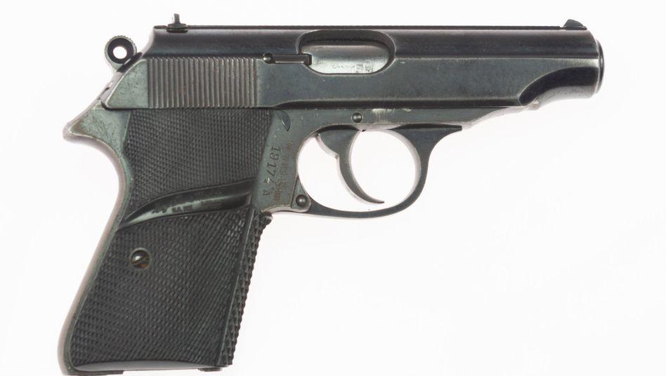 Bond-Waffe:halb automatische Pistole vom Typ Walther PP