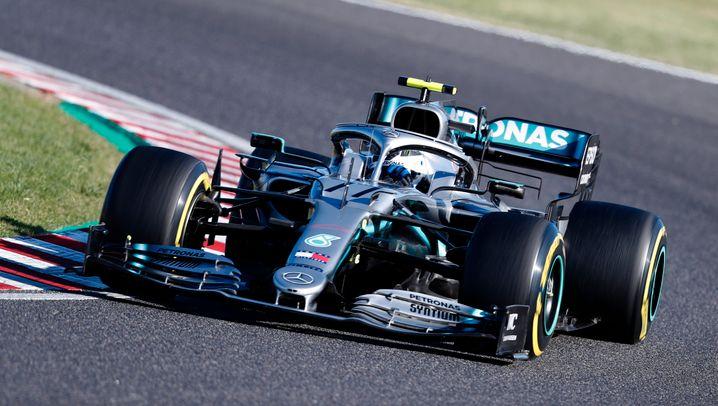 Ähneln sich bis in die Spitze: Mercedes' Weltmeister-Auto von 2019 (links) und Racing Points aktueller Bolide