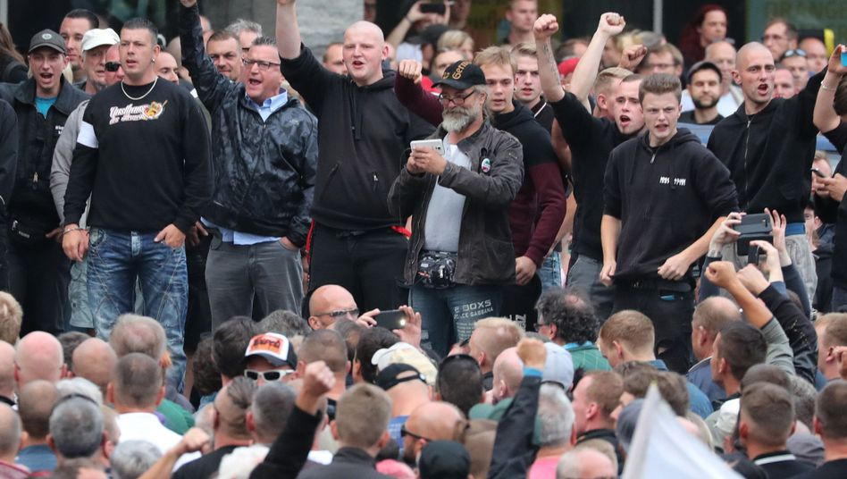 Rechte Demonstranten in Chemnitz