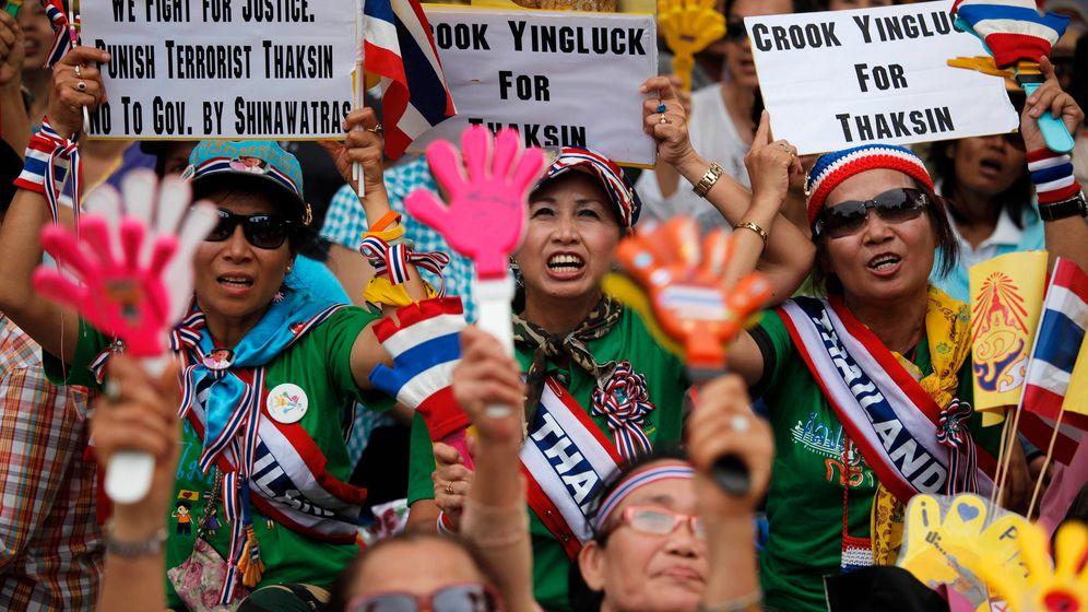 Bangkok: Kräftemessen zwischen Gelben und Roten
