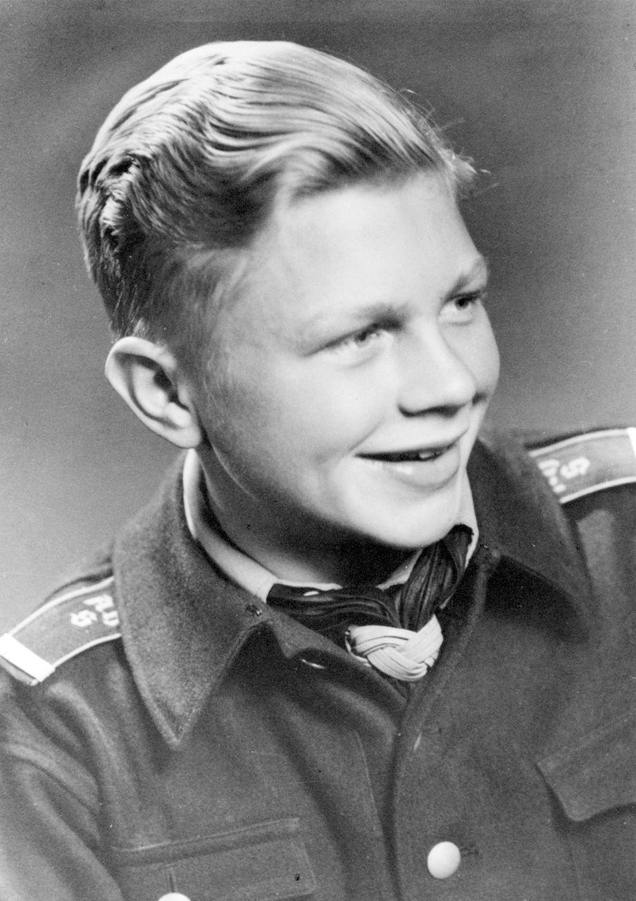 Hardy Krüger zum 90.: Vom NS-Eliteschüler zum Anti-Nazi - DER SPIEGEL