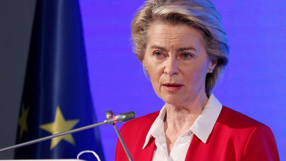 Ursula von der Leyen: Die EU-Kommissionschefin kündigte weitere Verhandlungen mit Biontech und Pfizer an