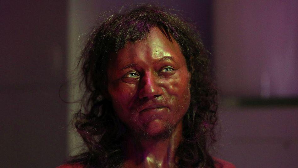 """So stellen sich Forscher den Cheddar Man vor, den """"ersten Briten"""""""