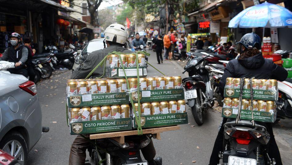 Getränkelieferanten in Hanoi, Vietnam
