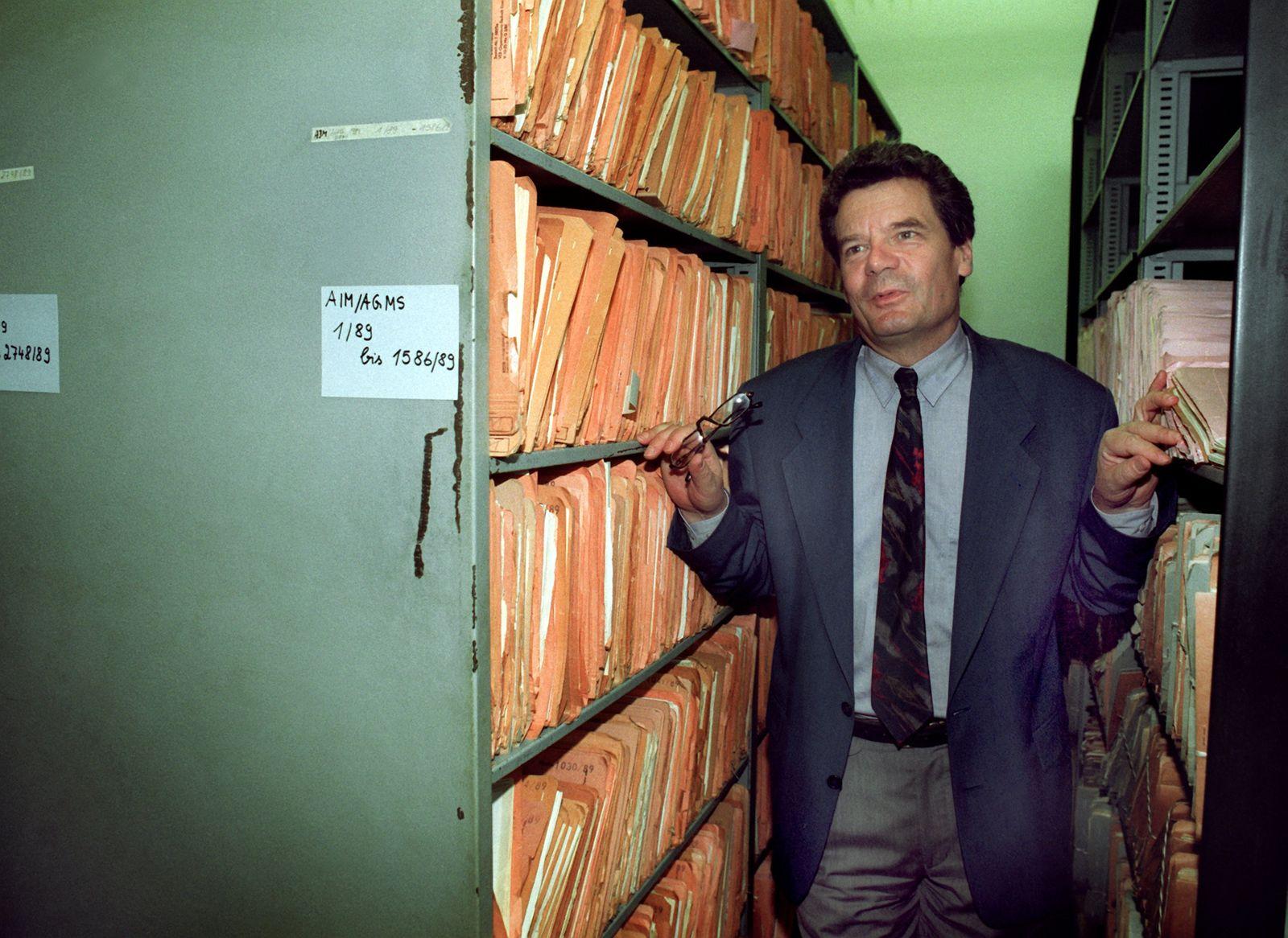 Gauck / Biografie / 1992