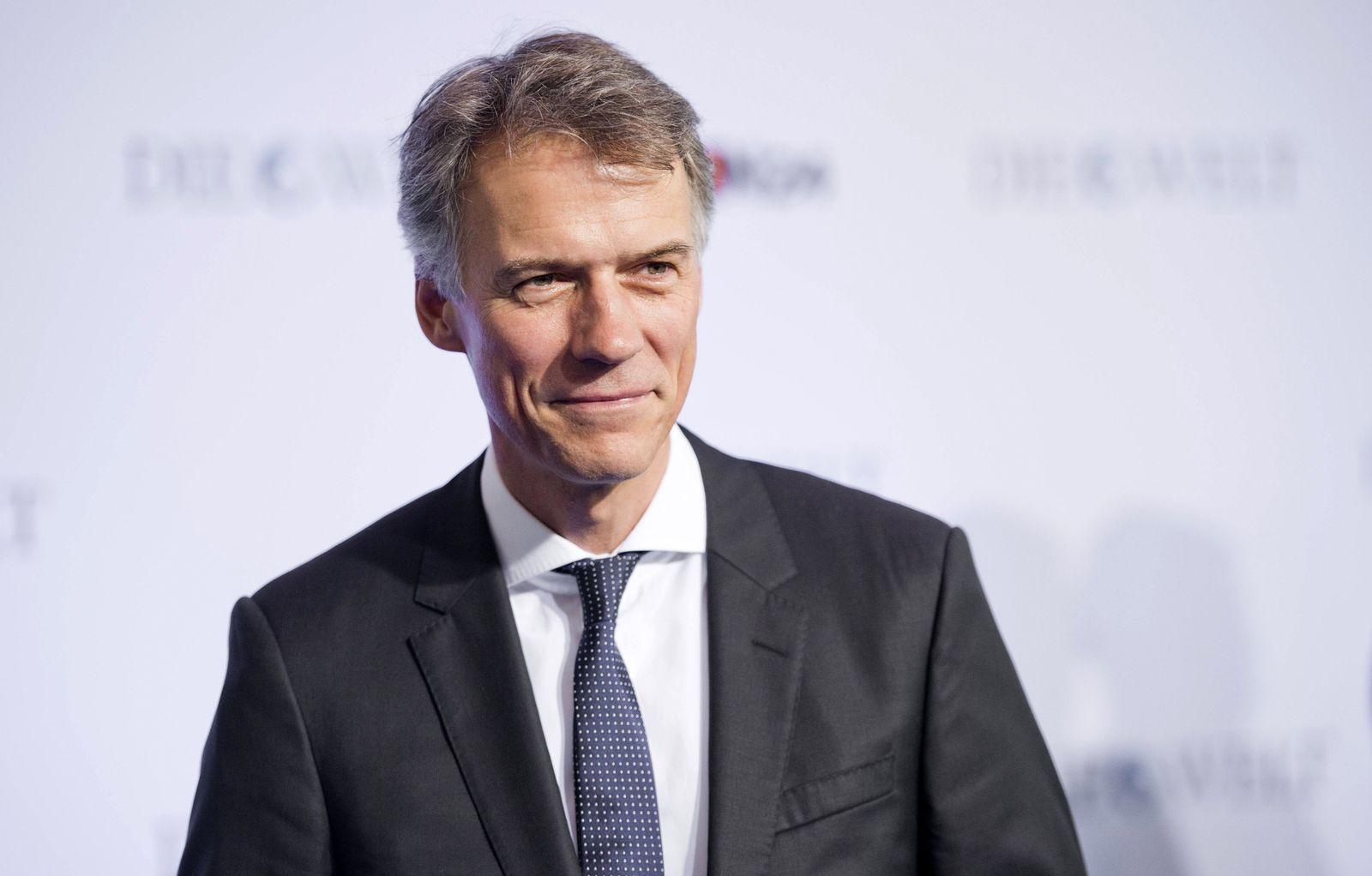 Claus-Dietrich Lahrs, Vorstandsvorsitzender von Hugo Boss beim Wirtschaftsgipfel der Zeitung Welt, Berlin, 14.01.2015.
