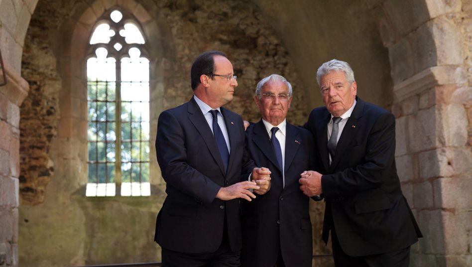 Joachim Gauck in Oradour: Scham und Stolz am Ort des Grauens