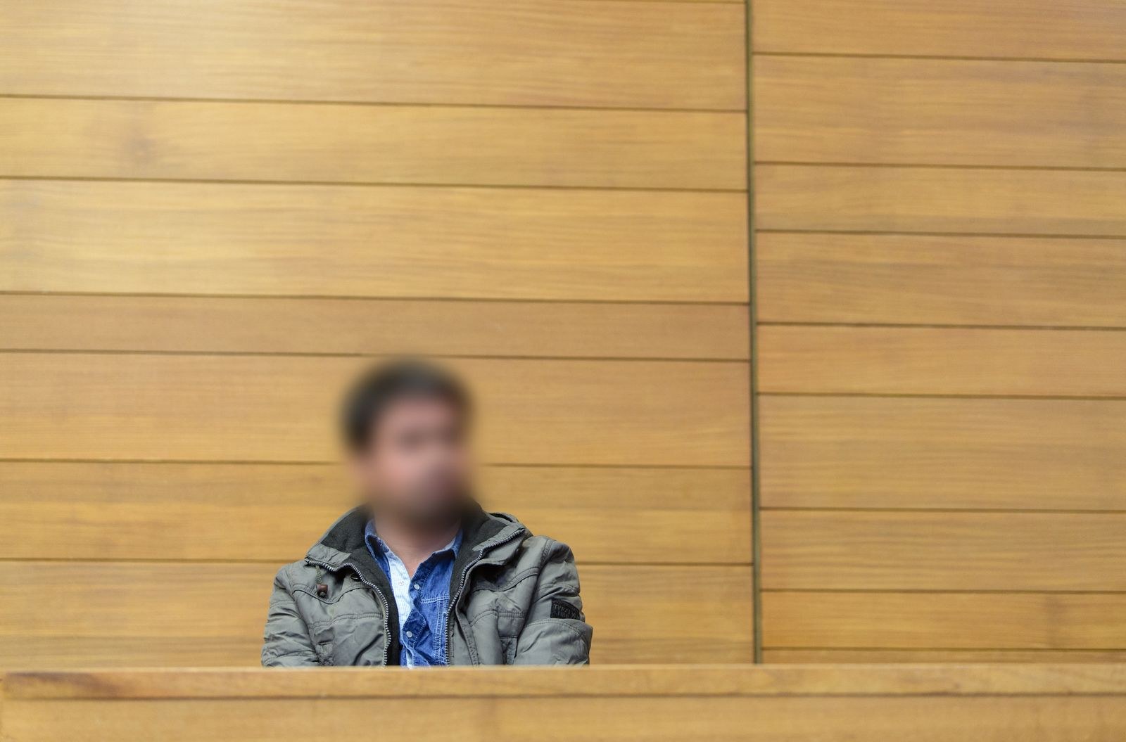 EINMALIGE VERWENDUNG Gerichtsverhandlung/ Mord/ Ehefrau konvertiert von Islam zu Christentum/ Traunstein