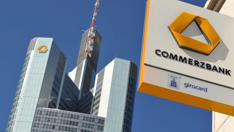 Zentrale der Commerzbank: Üppige Motivationshilfen für Top-Manager