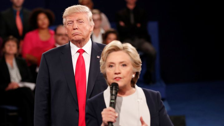 TV-Duell: Als Trump Hillary Clinton verfolgte