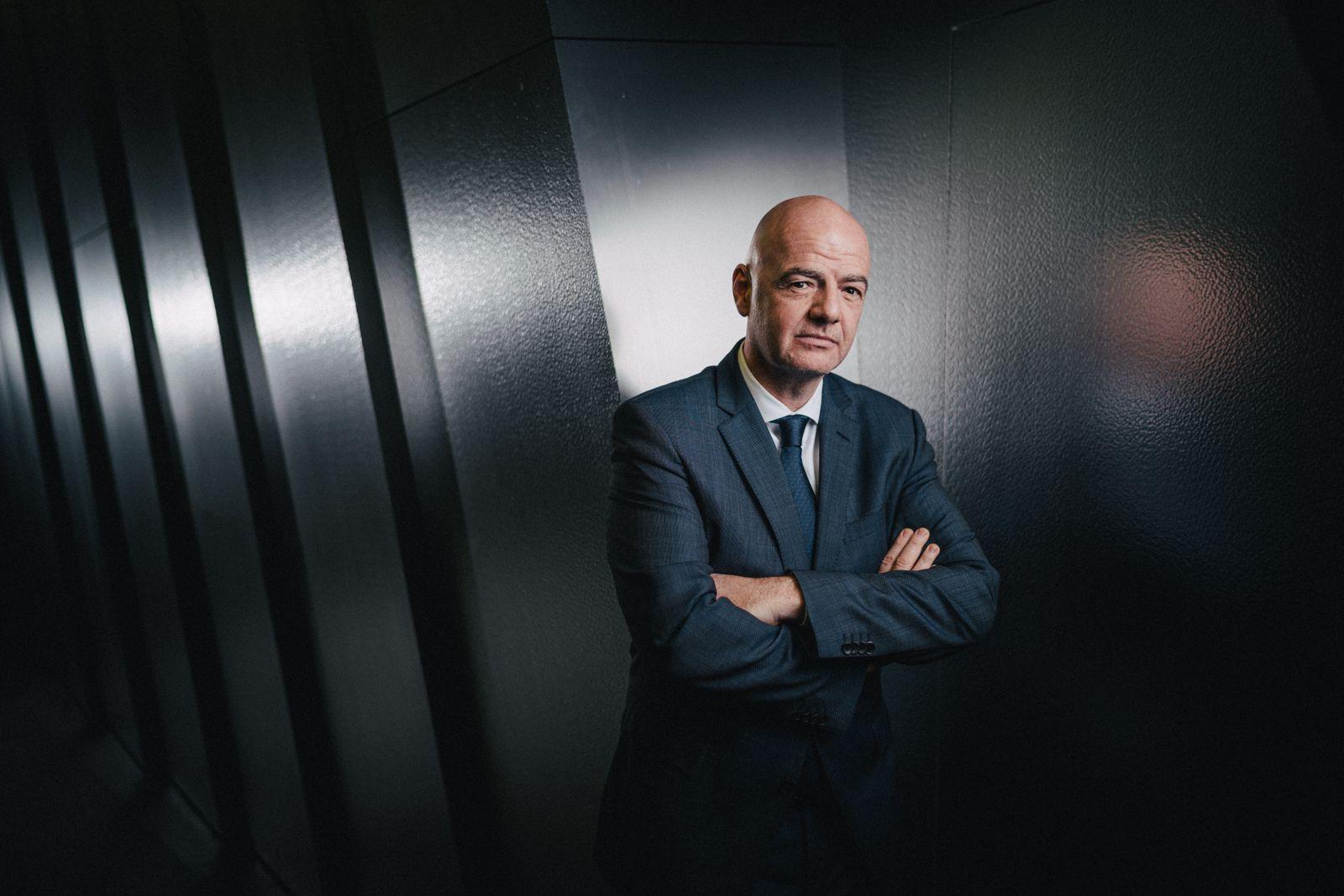 Giovanni Vincenzo Infantino, schweizerisch-italienischer Fussballfunktionär und Jurist, Präsident des Weltfussballverbandes FIFA, fotografiert am Sitz der FIFA in Zürich, Schweiz
