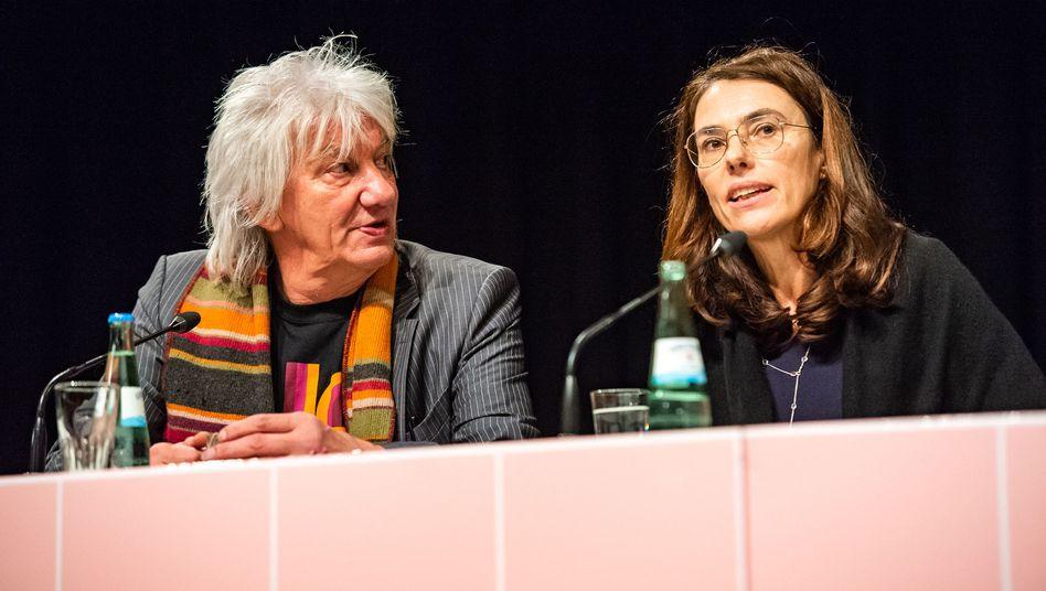 Festivalleiter Ruzicka (links) und Regisseurin Schilling bei der Eröffnung der diesjährigen Filmwoche