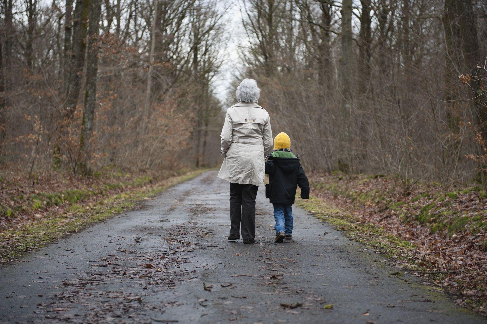 EINMALIGE VERWENDUNG SYMBOLBILD/ Mütterrente