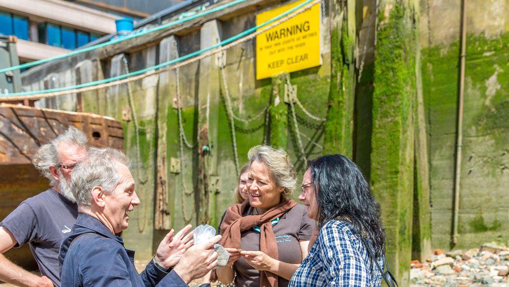 Mudlarking in London: Schatzsuche am Ufer der Themse