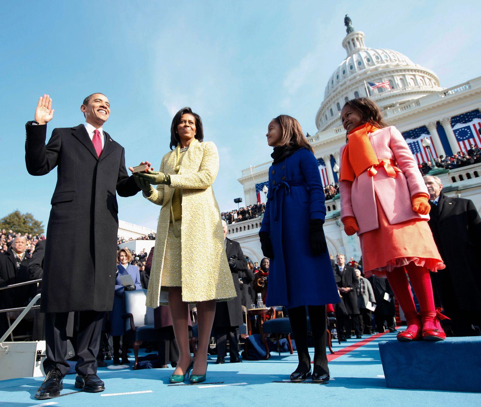 YEARENDER 2009-US-POLITICS-INAUGURATION-OBAMA