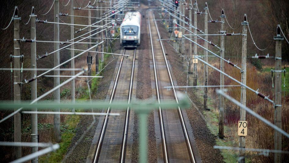 Personenzug der Deutschen Bahn