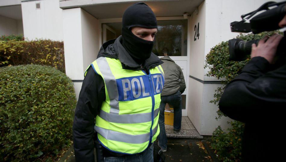 Razzia gegen mutmaßliche Unterstützer von Islamisten (in Bonn 2016)