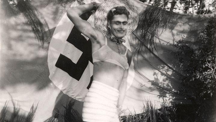 """Crossdresser in der Wehrmacht: """"Frau sein. Woanders. Wer anders."""""""