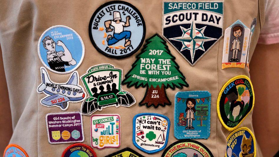 Weste einer Pfadfinderin der Girl Scouts