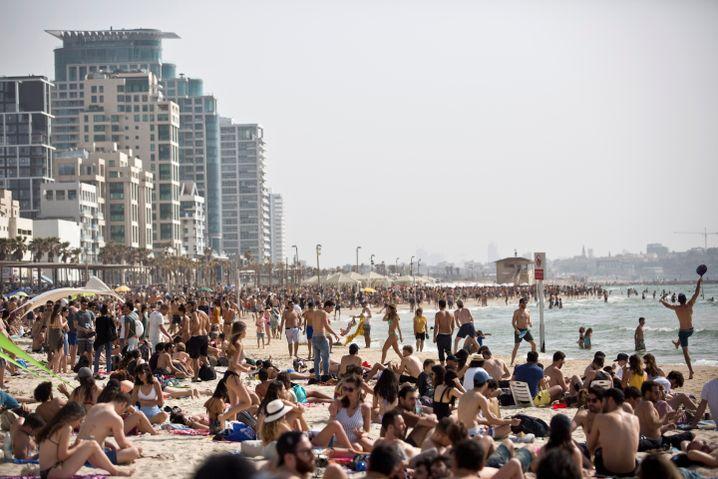 Der Strand von Tel Aviv am Wahltag
