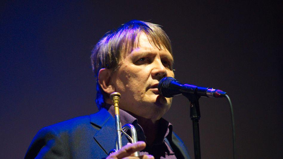 Sven Regener bei einem Konzert von Element of Crime (Archivbild): »Dienstleister ist der falsche Begriff«