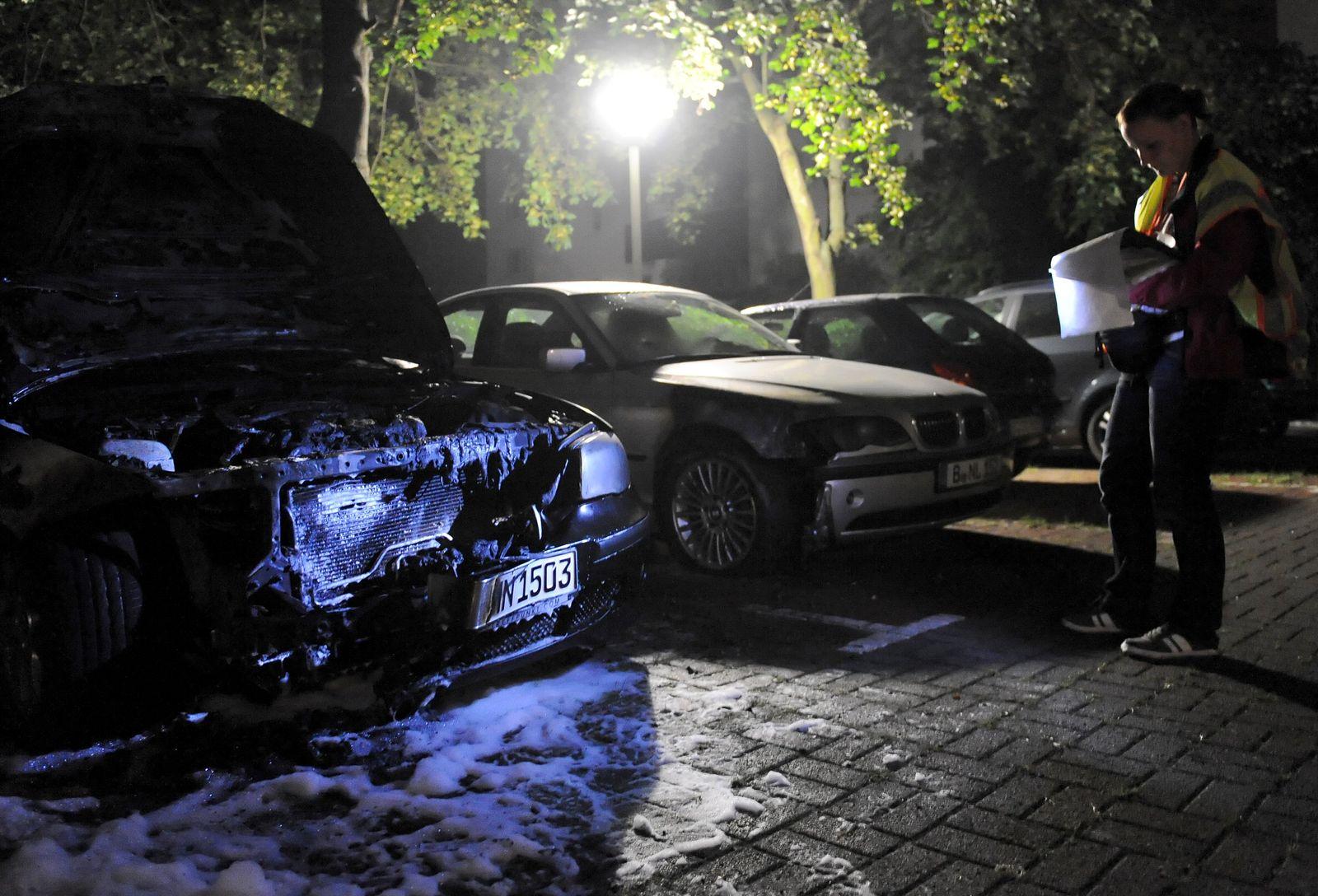 Ausgebranntes Auto Berlin