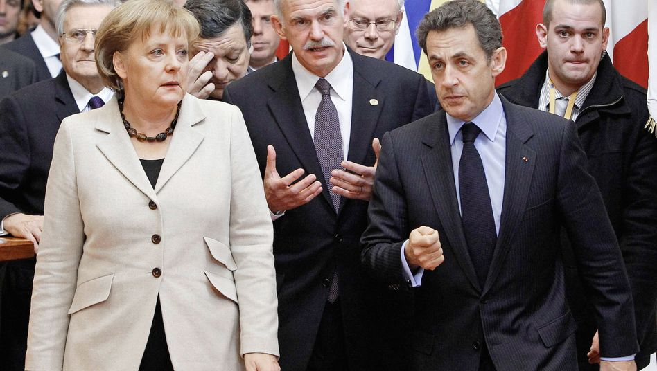 No vision for Europe? Chancellor Angela Merkel (L) with Greek Prime Minister Giorgios (C) Papandreou and French President Nicolas Sarkozy (R).