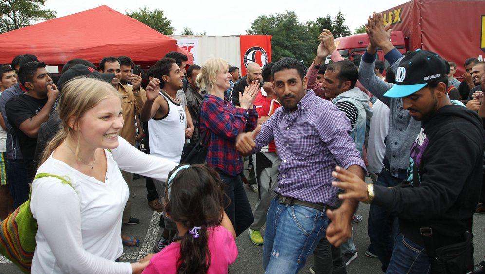 Willkommensfest für Flüchtlinge: Feierstimmung in Heidenau