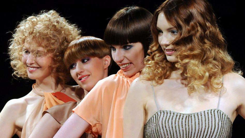 Frisurentrends: Bei der Haarfarbe setzen viele Verbraucher und Friseure auf Natur