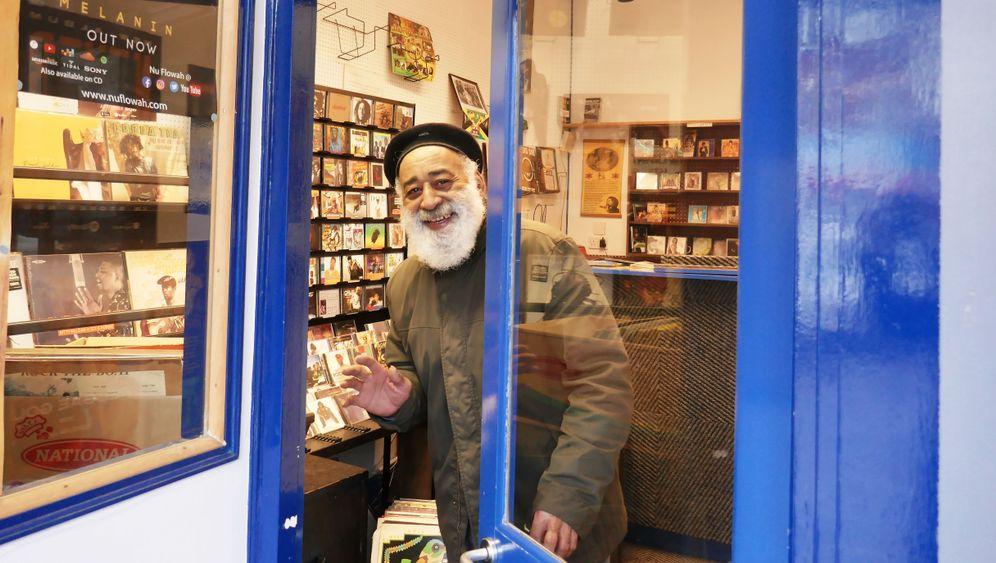 Echter Londoner: Popsie Deer wurde in Jamaika geboren und betreibt seit Jahrzehnten in Brent eine Plattenladen.