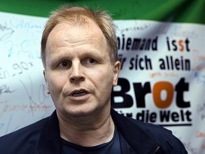 """Unterstützt die Arbeit von """"Brot für die Welt"""": Herbert Grönemeyer"""